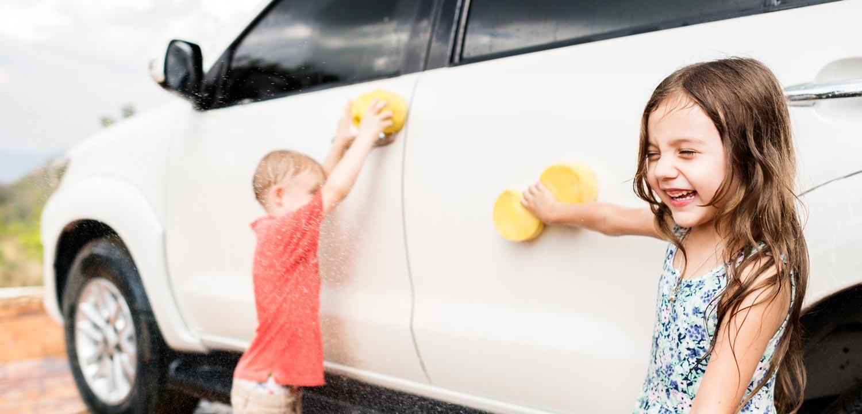 Hur du håller din bil ren när du har röriga barn!
