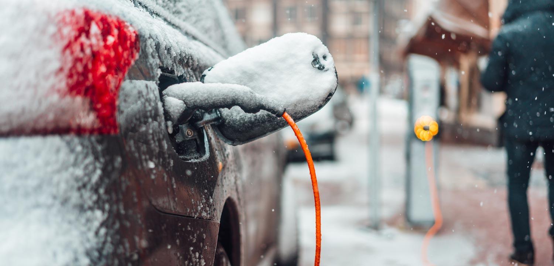 Hur man förhindrar vägsalt rost och skador på din bil